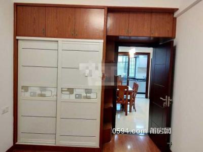 凤达滨河豪园 三室二厅二卫一阳 南北 130平米 租价4000元/月-莆田租房
