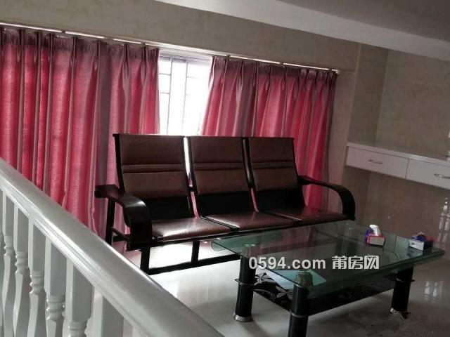正荣财富 一室一厅二卫 南北 精装126平米 租价3600元/月-