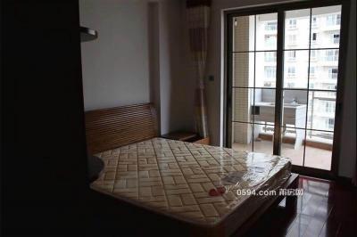 東城一號,3房2廳2衛2陽臺,三面采光,黃金樓層精裝修-莆田租房
