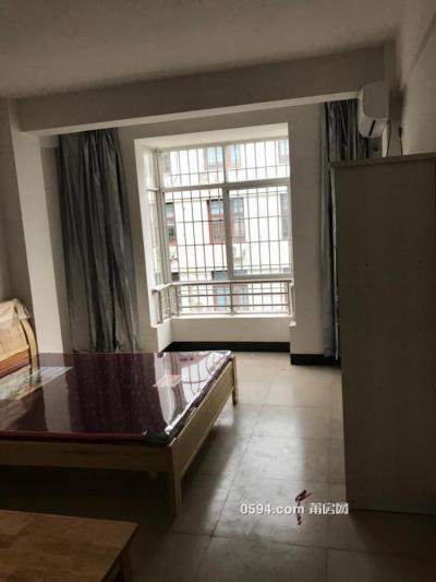 石室路沿街干净整洁安全单间公寓-莆田租房