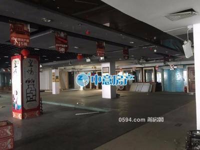 学园南街中意房地产旁 二层大面积商场式出租-莆田租房