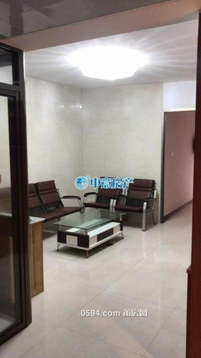 名店女人街 2房 精装有电梯 一个月2200-莆田租房