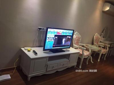 万达广场单身公寓超韩式田园风家具家电齐全多套1300起租-莆田租房