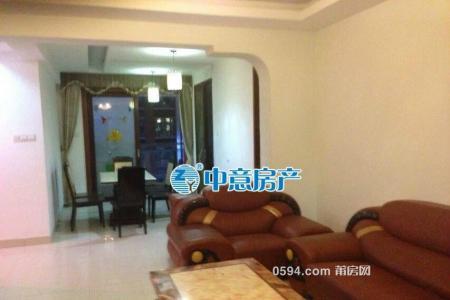 出租(万通花园)3房2厅2卫 南北通透精装139平只租3200元-
