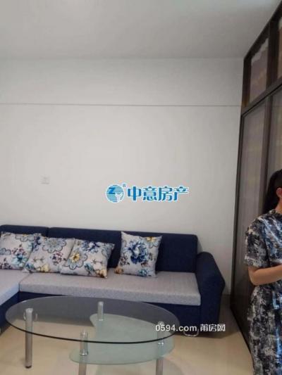 联创国际广场 1室1厅1卫 朝南 精装 月租2000-莆田租房