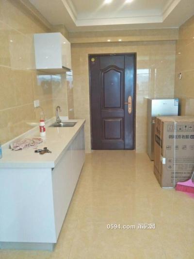 步行街附近阳光100的 单身公寓 高层 精装修  拎包入住-莆田租房