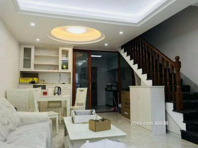 万达附近金海湾复式楼全新装修赠送家具只卖102万-莆田二手房