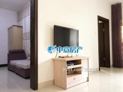 女人街  2房拎包入住 月租金2300-莆田九州娱乐网
