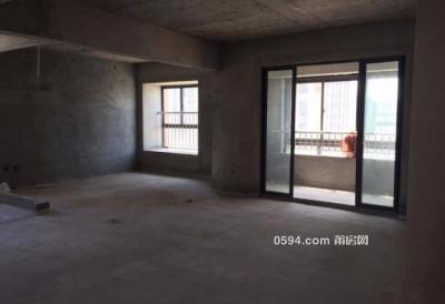 隆恒财富广场 中间楼层133平 南北东三面采光 单价只要9925-莆田二手房