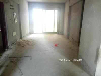 附属医院旁东城一号,毛坯三房光线好无遮挡,划片实一小-莆田二手房
