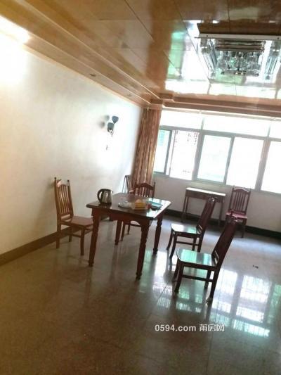 北磨逸夫小学附近4房2厅家具家电齐全只租2200元-莆田租房