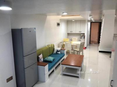 超好的地段,可直接入住,正荣财富 2600元 2室1厅1卫 精装修-莆田租房
