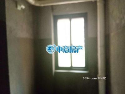 泗华滨溪小区高层电梯大四房,南北朝向,周边配套齐全-莆田二手房