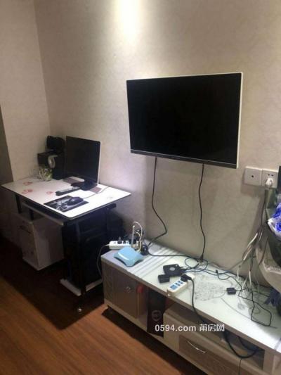 万达广场 SOHO单身公寓 高层精装采光 家电家具齐全-莆田租房