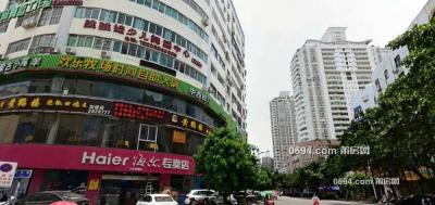 高楼小区电梯中层 中档单身公寓 一个月只要1100元-莆田租房