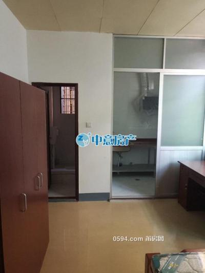 南门西路 一室一厅 精装房家电齐全 月/750-莆田租房