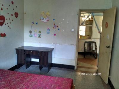 石室路电视台附近2房1厅带家具家电租750元-莆田租房