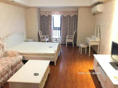 万达广场SOHO公寓 1室1厅1卫 高层精装 采光好 拎包入住-莆田租房