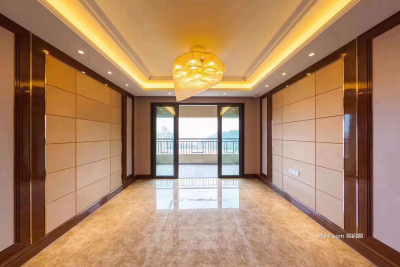 恒大御景半岛楼王在小区门口 精装140平租金4000-莆田租房