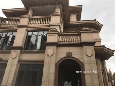 安特紫荆城别墅 实用面积500多平方 送露台送花园 免费-莆田二手房