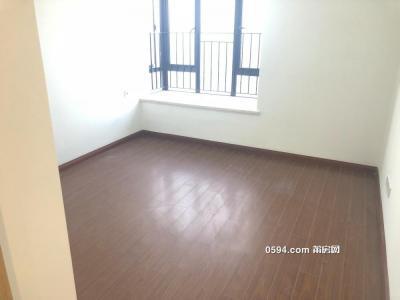 万科城附近的富力新房未入住3房空房2100元出租-莆田租房