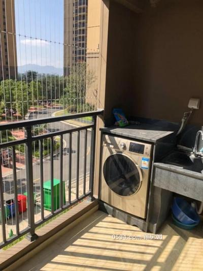 万科七期 2室  90平米包家电家具出租2300元-莆田租房