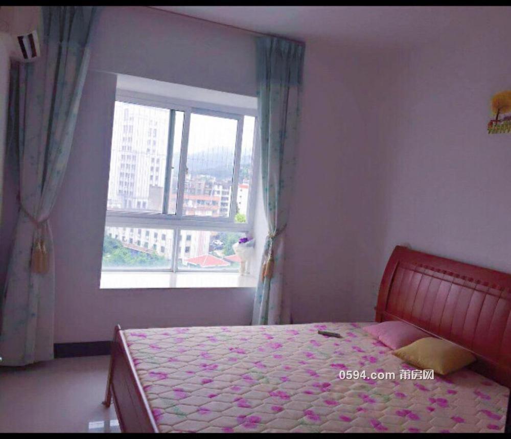 热租~万隆花园 2室2厅1卫家电家具齐全2000-