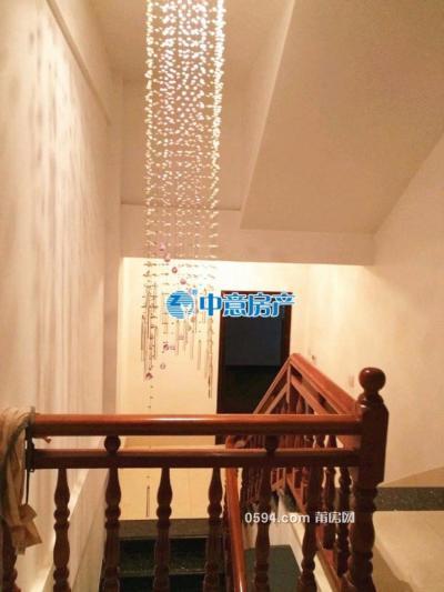 三信秀水华庭,3层小洋楼,320平方送大露台售价370万-莆田二手房