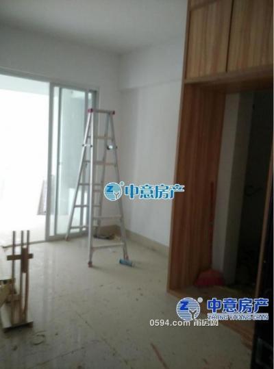 文献步行街4房高层南北东简装修-莆田租房