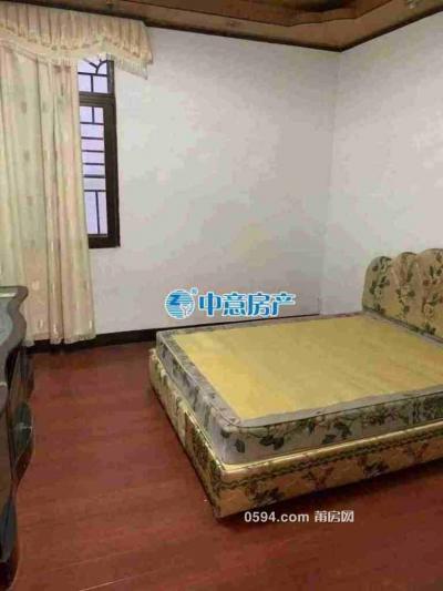 筱塘南街市场门口3房1厅1500出租-莆田租房