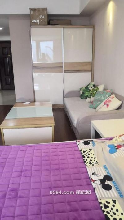 万达SOHO 1室1厅1卫 高层精装-莆田租房