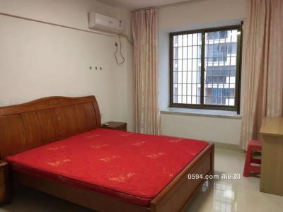 西坡小区 大三房 精装修 家具齐全  可以拎包入住-莆田租房