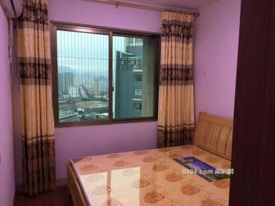 启迪国际 万达广场 华城 精装1房1厅 有大阳台很安逸-莆田租房