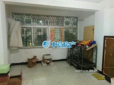 梅园西路交通方便3房2厅2卫楼层在三楼月租1400元-莆田租房