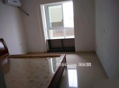 信辉上城 3室1厅2卫 有电梯 租金2700-莆田租房