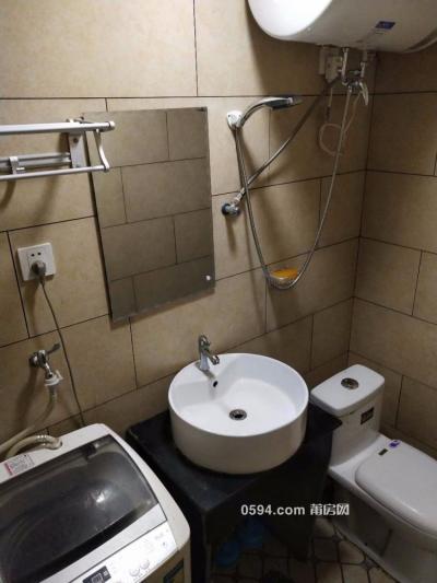 万达中 央华城 交通便利 采光好 五中对面 周边配套设施齐-莆田租房