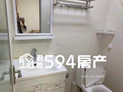 东城一号 新四中对面 家电家具全齐 繁华地段 只要1800租金-莆田租房
