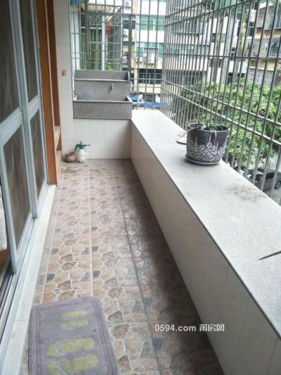 名仕花園 大4房2廳2衛  精裝修有個固定車位月租金2800-莆田租房