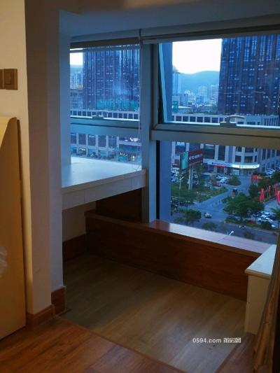联创国际广场商住复式楼中楼 3200元 家电家具齐全 -莆田租房