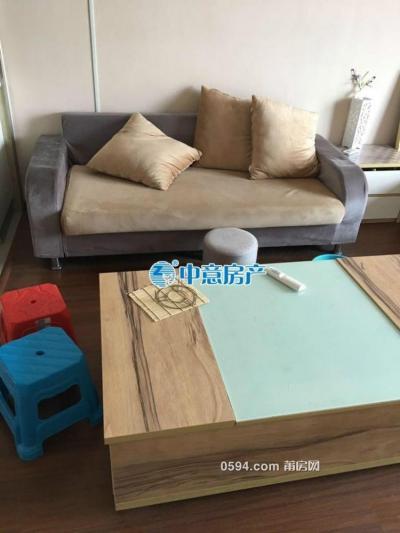 万达SOHO 中装单身公寓 家私部分 仅租1700元-莆田租房