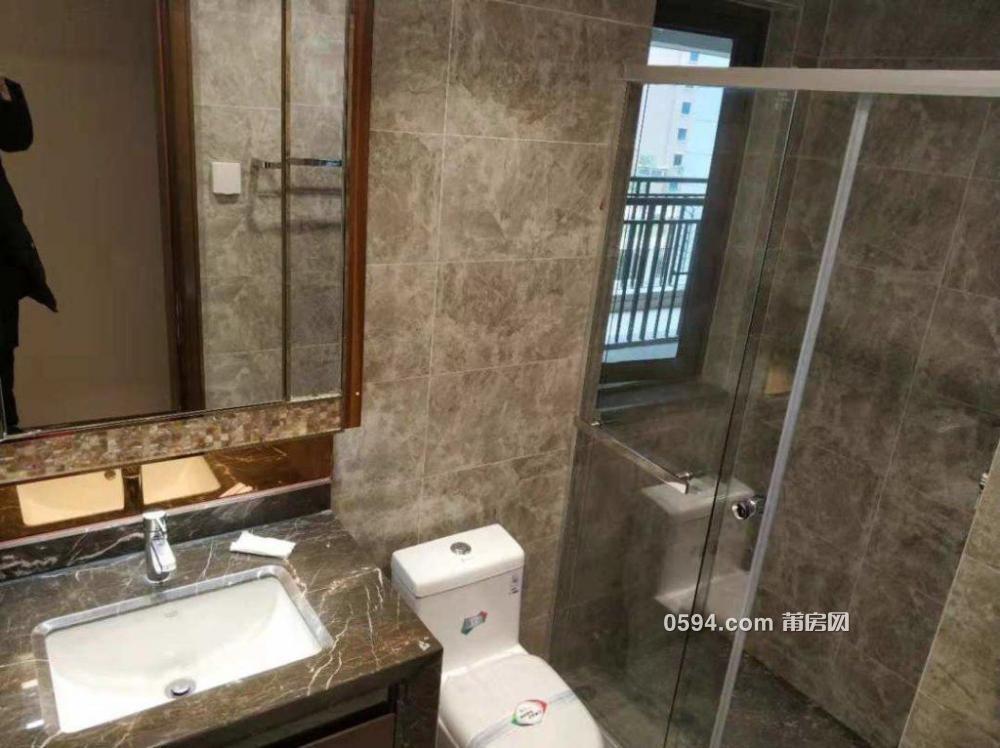 《恒大御景半岛》3房2厅1卫不添家具 精装修3200不二价-室内图