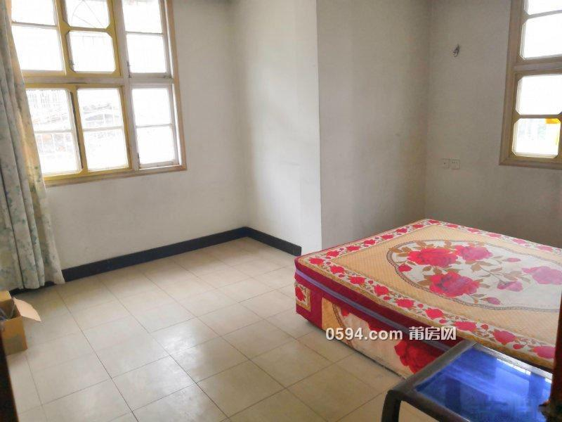 南门西路市医院附近 3房2厅三面采光 划片筱塘小学 82万-