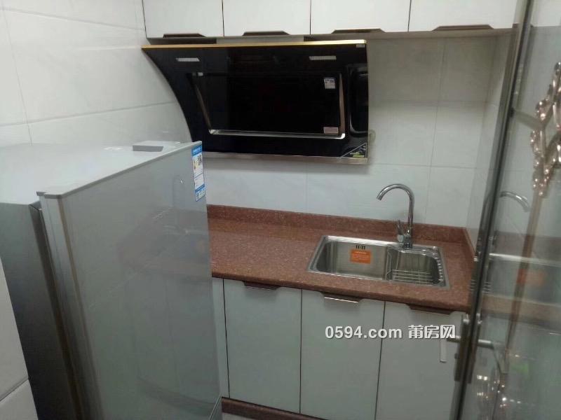 涵江沃尔玛对面商品房带物业单身公寓-