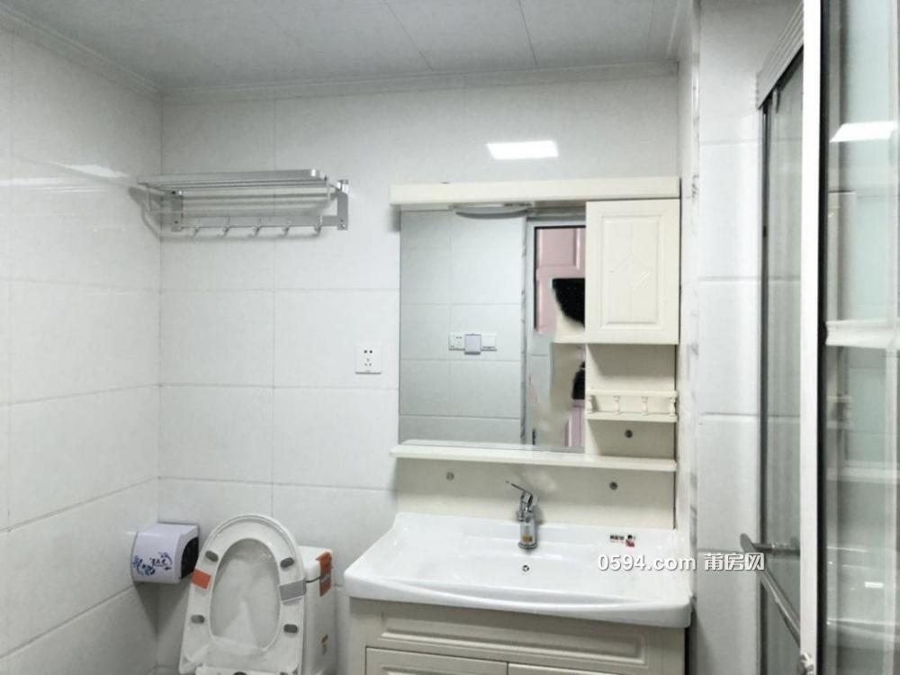 联创国际广场精装全新复两房简欧风格温馨2500/月-室内图