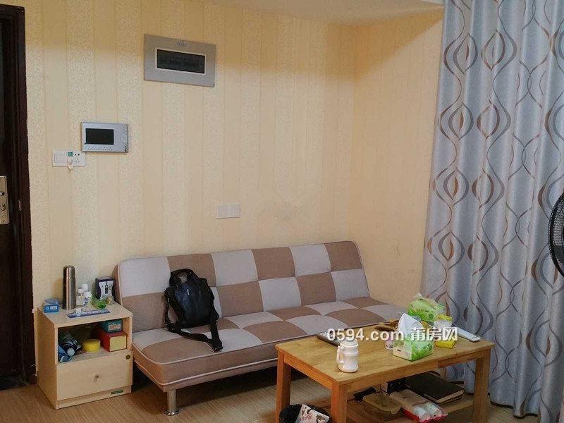 和成天下精装一房一厅公寓2000/月家具家电齐电梯高层-户型图