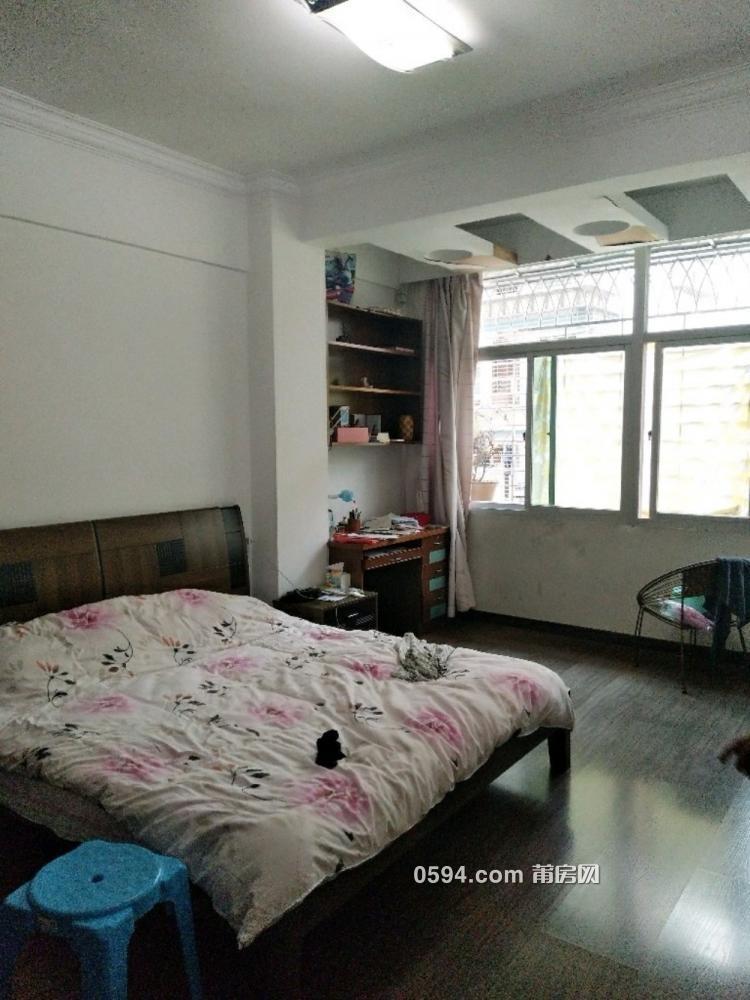 北磨凤达小区4房2厅高 档装修家具家电齐全只租3500元-