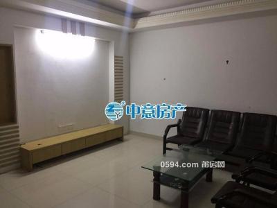 浅水湾陶源 普通装修3房 拎包入住 一个月只要2700元-莆田租房