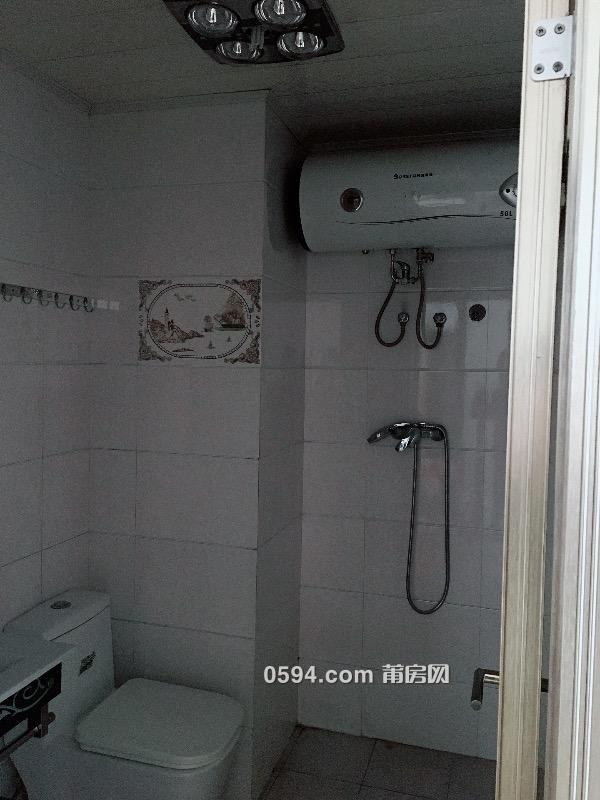 进修附小旁套房出租:三房二厅二卫,家电齐全,拎包入住-