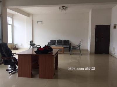 机关幼儿园旁荔 城中大道4房2厅2卫 拎包入住2600-莆田租房