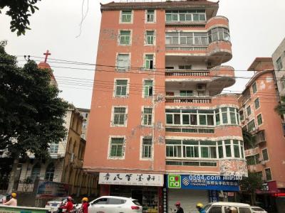 梅峰教堂旁楼中楼出租-莆田租房